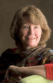 Elaine Aron. Psycholoog en grondlegster van hoogsensitiviteit. Begrijp hoog gevoeligheid.